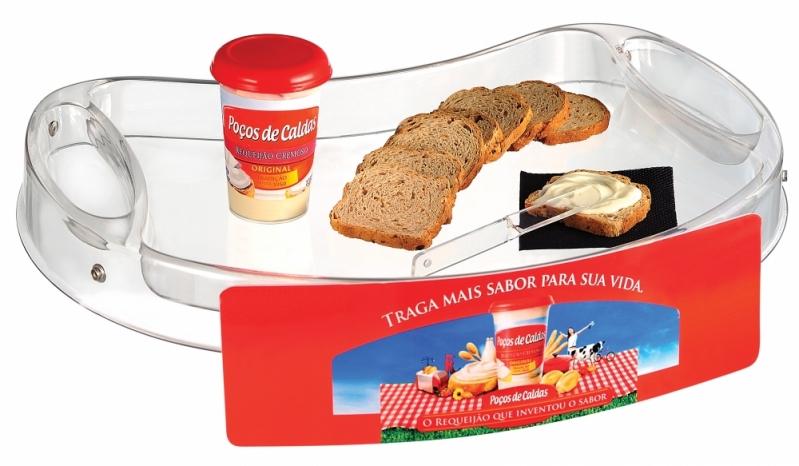 Bandeja com Alça para Degustação Preço em Piracicaba - Bandeja Promocional com Alça de Pescoço